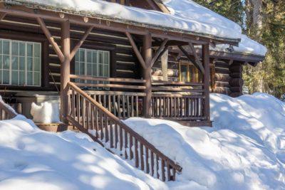Windermere Lake ski-in properties