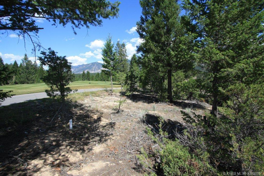 Copper Point Estates golf course building lots for sale in Invermere